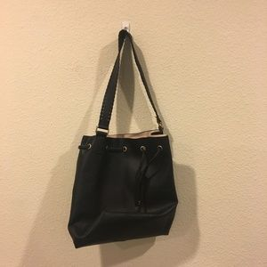 H&M black purse with pouch inside